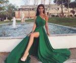 Мегз дълга рокля с едно рамо и цепка